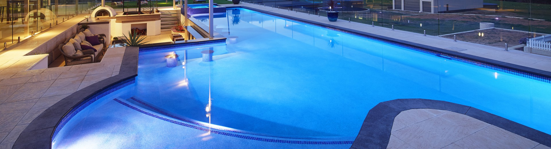Swimming Pool Builders in Perth | Dolphin Pools